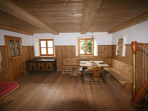 Bauernstuben Und Sitzmbel Aus Echtholz Fr Generationen