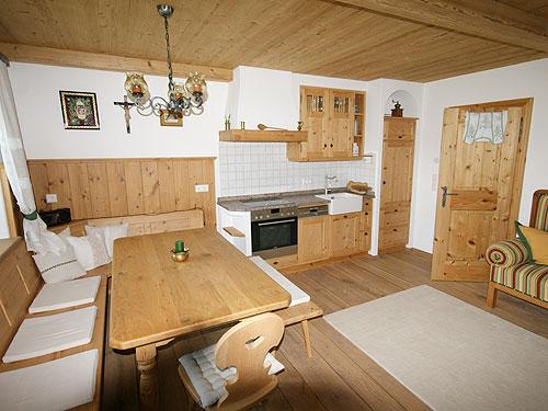 Ferienwohnungen aus massiver und moderner qualit t for Jugendzimmer echtholz