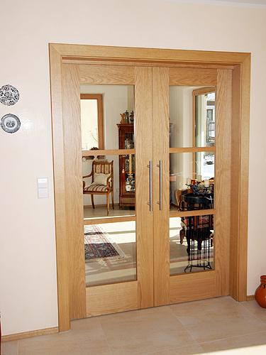 individuelle haust ren oder zimmert ren aus echtholz schreinerei thaler staudinger. Black Bedroom Furniture Sets. Home Design Ideas